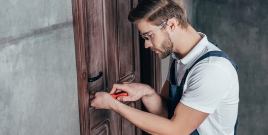 Four Ways to Get the Best Deal for Locksmith Services